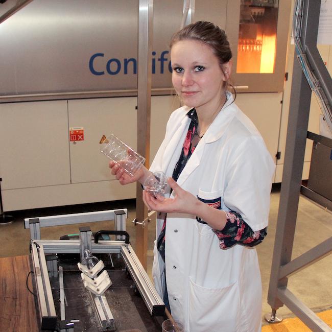 Bad Duerrheimer Mineralwasser Initiative 100 Prozent Recycling Material Interview Tanja Klemens 01